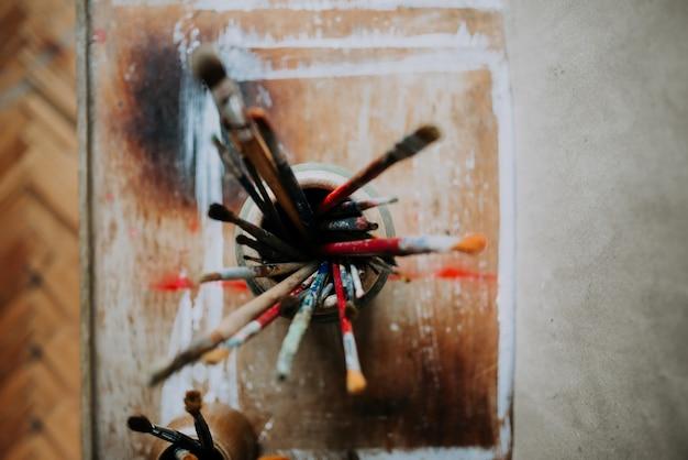 Pinceaux artistiques. vue de dessus.