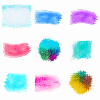 Pinceaux de composition aquarelle colorés