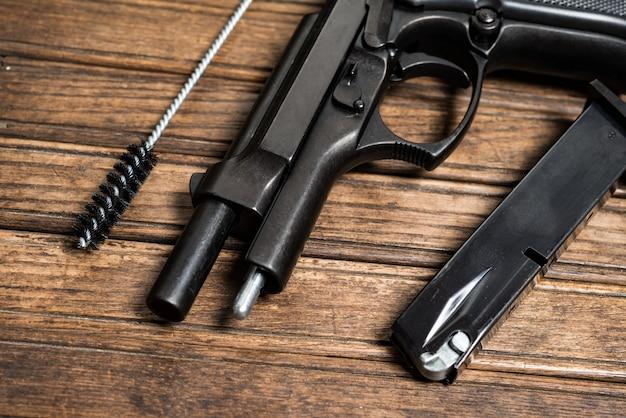 Pistolet démonté, concept de maintenance de pistolet