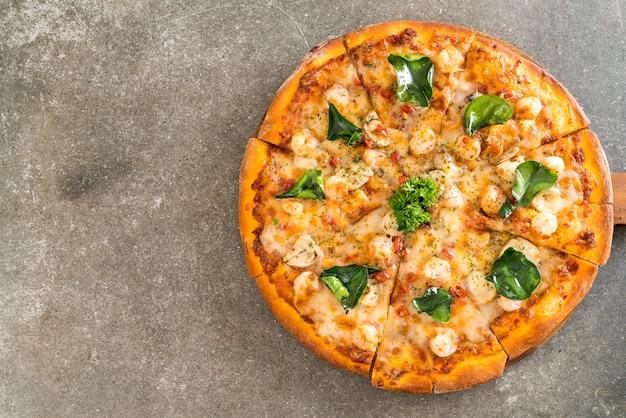 Pizza aux crevettes épicée