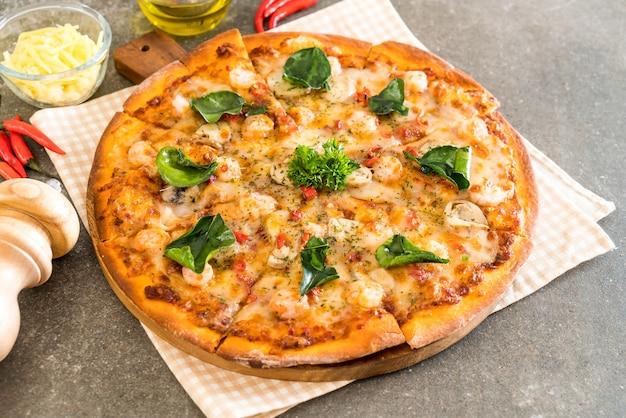 Pizza aux crevettes épicées (tom yum)
