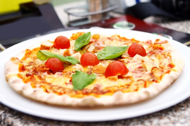Pizza chaude et savoureuse