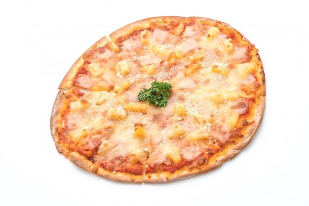 Pizza hawaïenne sur fond blanc
