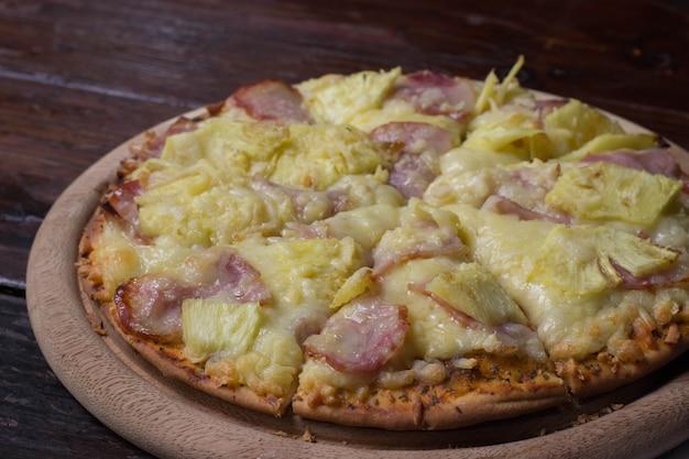 Pizza hawaïenne.