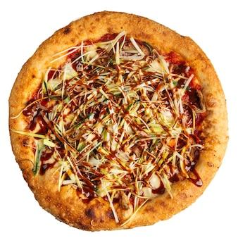 Pizza de style canard laqué isolé