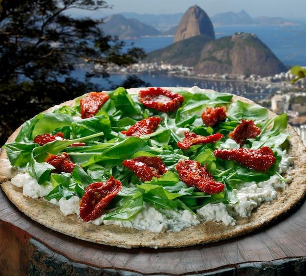 Pizza végétarienne au blé entier à rio de janeiro