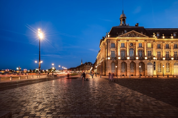 Place de la bourse à bordeaux, france. un patrimoine mondial de l'unesco