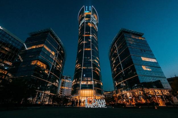 Place européenne, gratte-ciel de varsovie spire