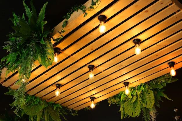 Les plafonniers décorent