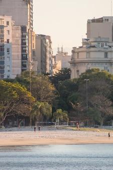 Plage de botafogo à rio de janeiro, brésil.