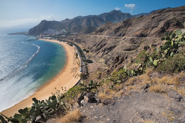 Plage las teresitas à tenerife, îles canaries, espagne.