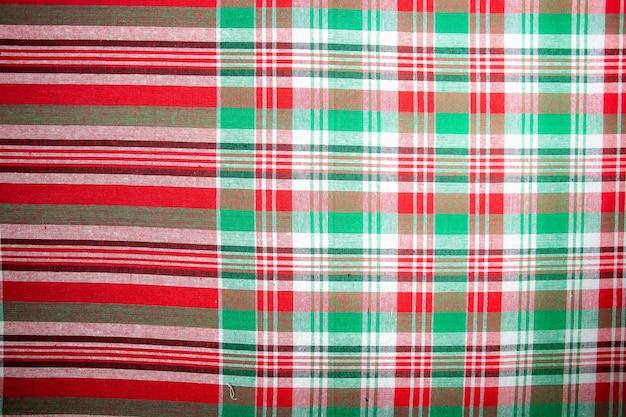 Plaid abstrait texture background tissu de pagne en soie de thaïlande. rouleau de pagne thaïlandais à vendre au marché en thaïlande