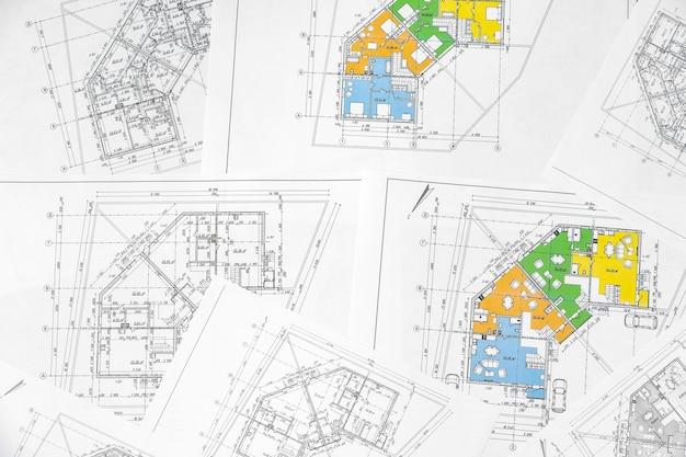 Plan de construction architecturale papier sur table close up