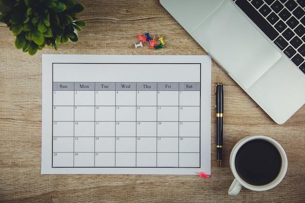 Plan du calendrier faire des affaires ou des activités mensuelles.