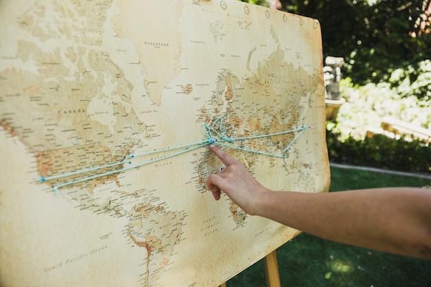 Plan du monde vintage, idéal pour planifier des voyages et des aventures.