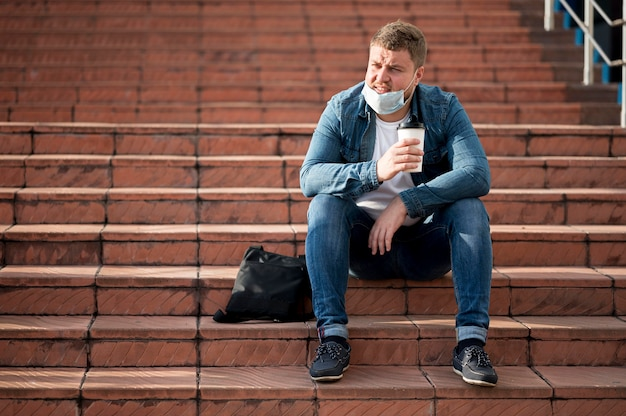 Plan long du concept de distanciation sociale
