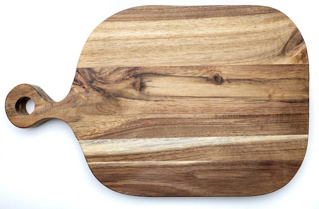 Planche à découper et à découper rectangulaire en bois d'acacia. isolé. vue de dessus.