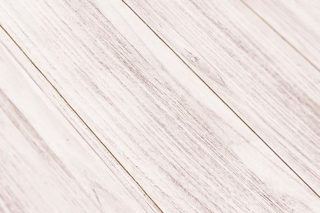 Plancher en bois peint en blanc