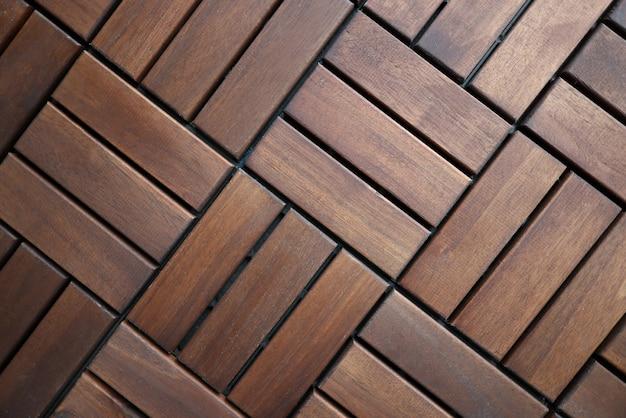 Plancher de carreaux de terrasse en bois brun