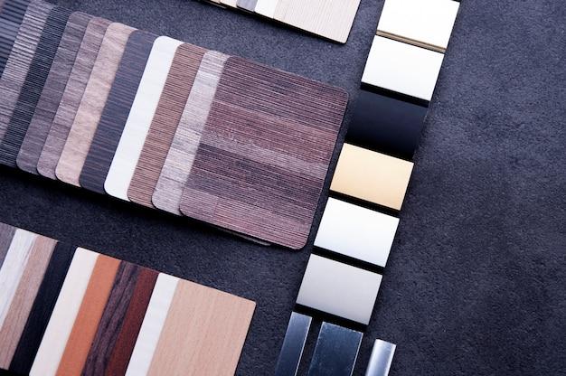 Plancher en texture de bois échantillons de dalles en stratifié et en vinyle