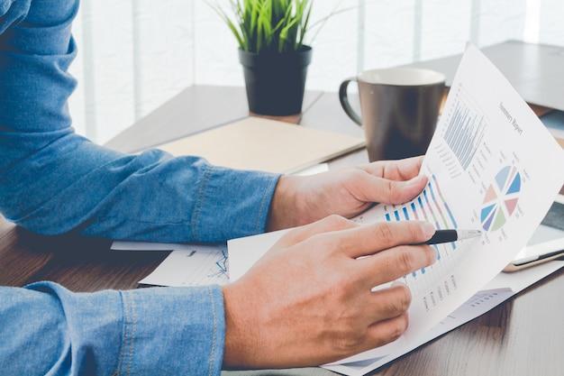 Planification d'entreprise avec graphique d'entreprise concept d'équipe