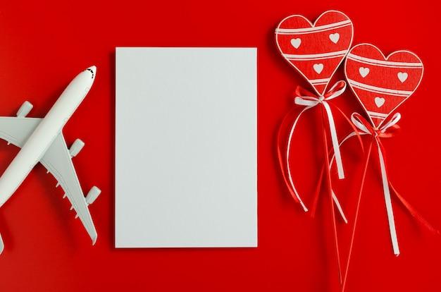 Planification de voyage sur fond de saint valentin