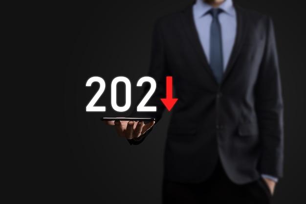 Planifier une croissance négative de l'entreprise dans le concept de l'année 2021.