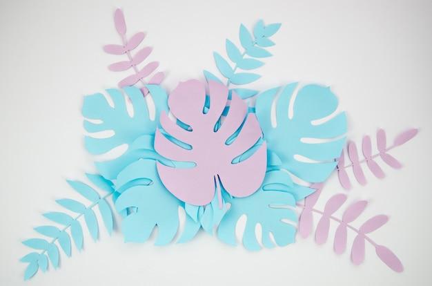Plantes tropicales dans le style du papier coupé