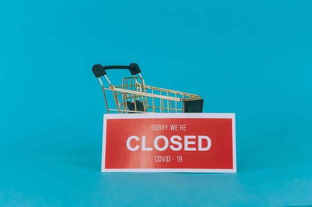 Plaque rouge désolé, nous sommes fermés covid-19