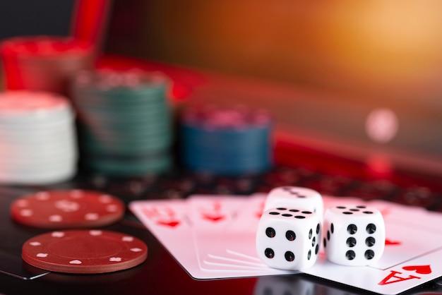 Plateforme de jeux en ligne, casino et entreprise de jeux d'argent et de hasard
