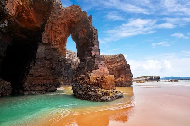 Playa las catedrales catedrais beach en galice espagne