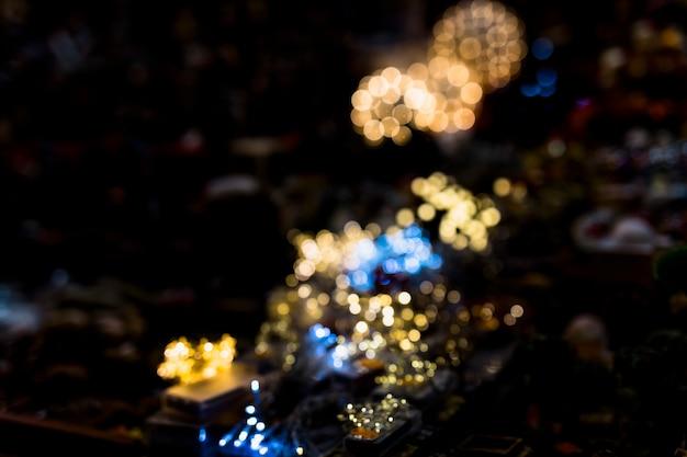 Plein cadre d'abstrait illuminé flou