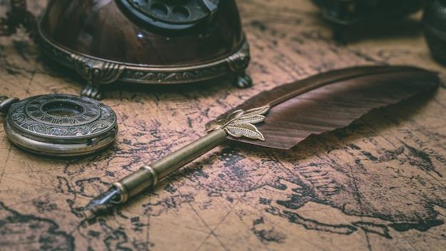 Plume quill pen vintage bronze