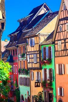 Les plus beaux villages de france, riqewihr colorée en alsace