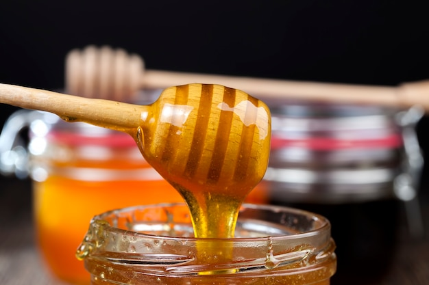 Plusieurs variétés de miel