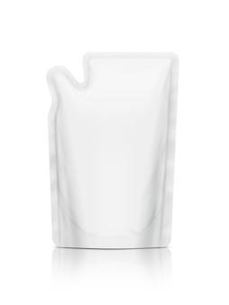 Pochette de recharge blanche isolée