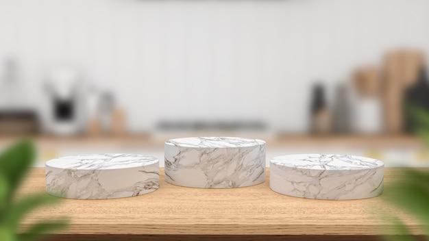 Podium en marbre sur table en bois vide et cuisine flou