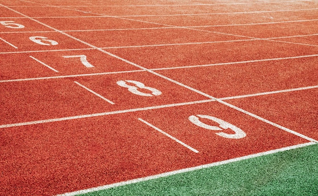 Point de départ avec numéros de voie de piste de course