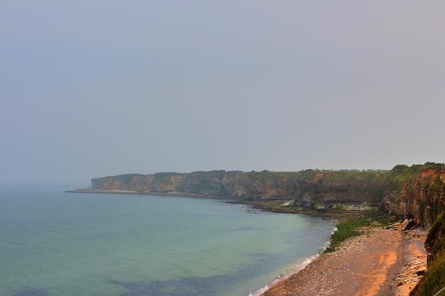 La pointe du hoc rochers, normandie france en été