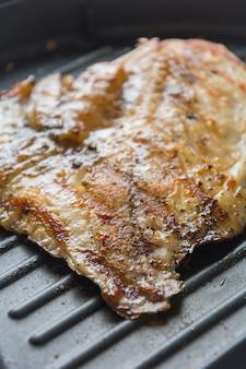Poisson de cuisine steak