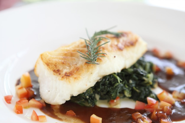 Poisson steack, filet de poisson des neiges