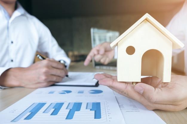 Police d'assurance sur les prêts immobiliers