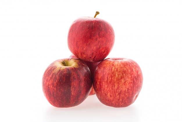 Pomme rouge isolée