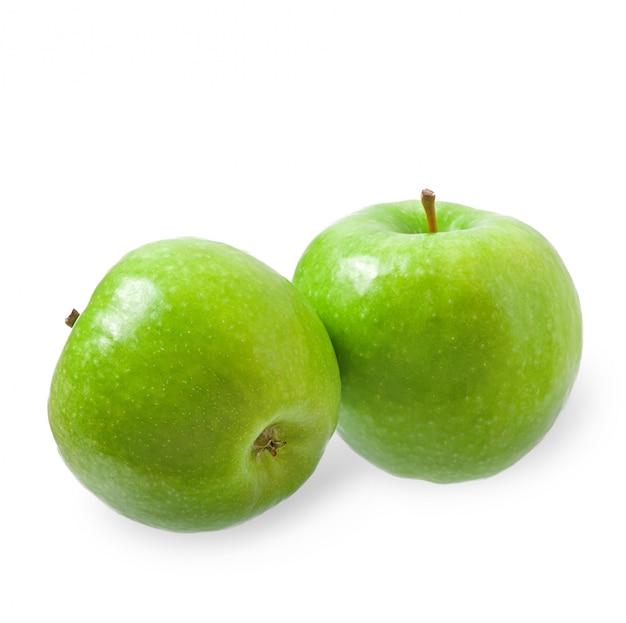Pomme verte isolée sur blanc