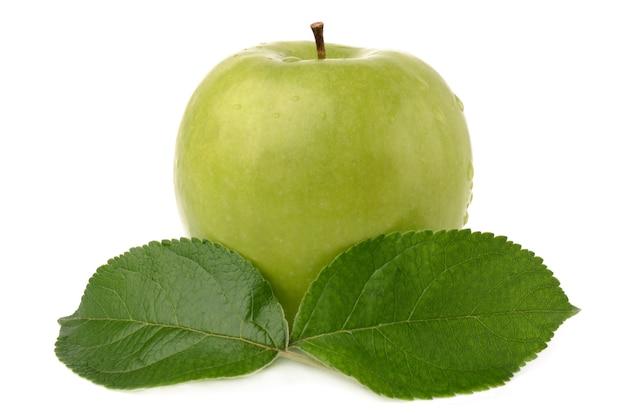 Pomme Verte Isolée Sur Blanc Photo Premium