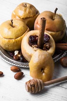 Pommes d'automne au four