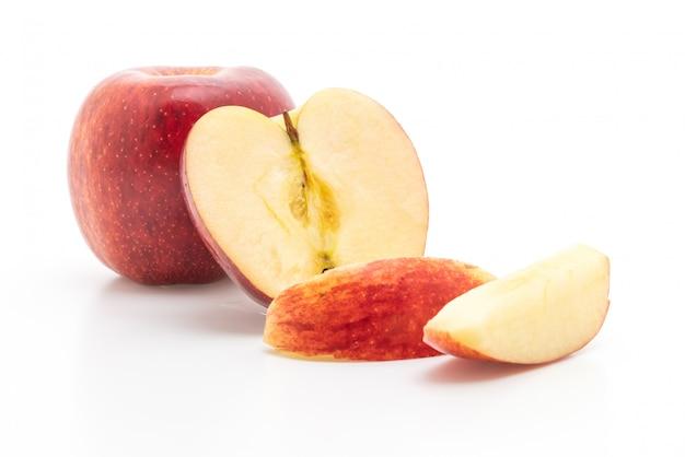 Pommes rouges fraîches tranchées
