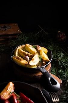 Pommes de terre au four à l'ail