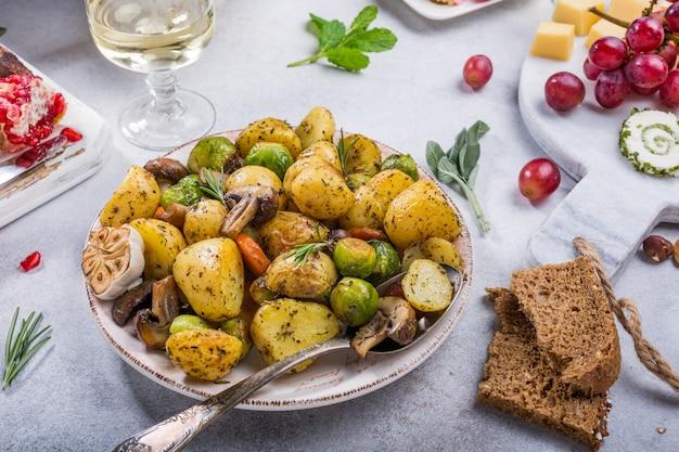 Pommes de terre sautées aux légumes