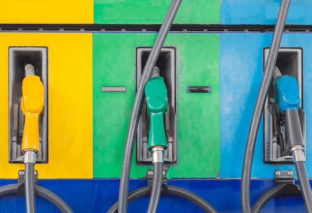 Pompes à essence essence
